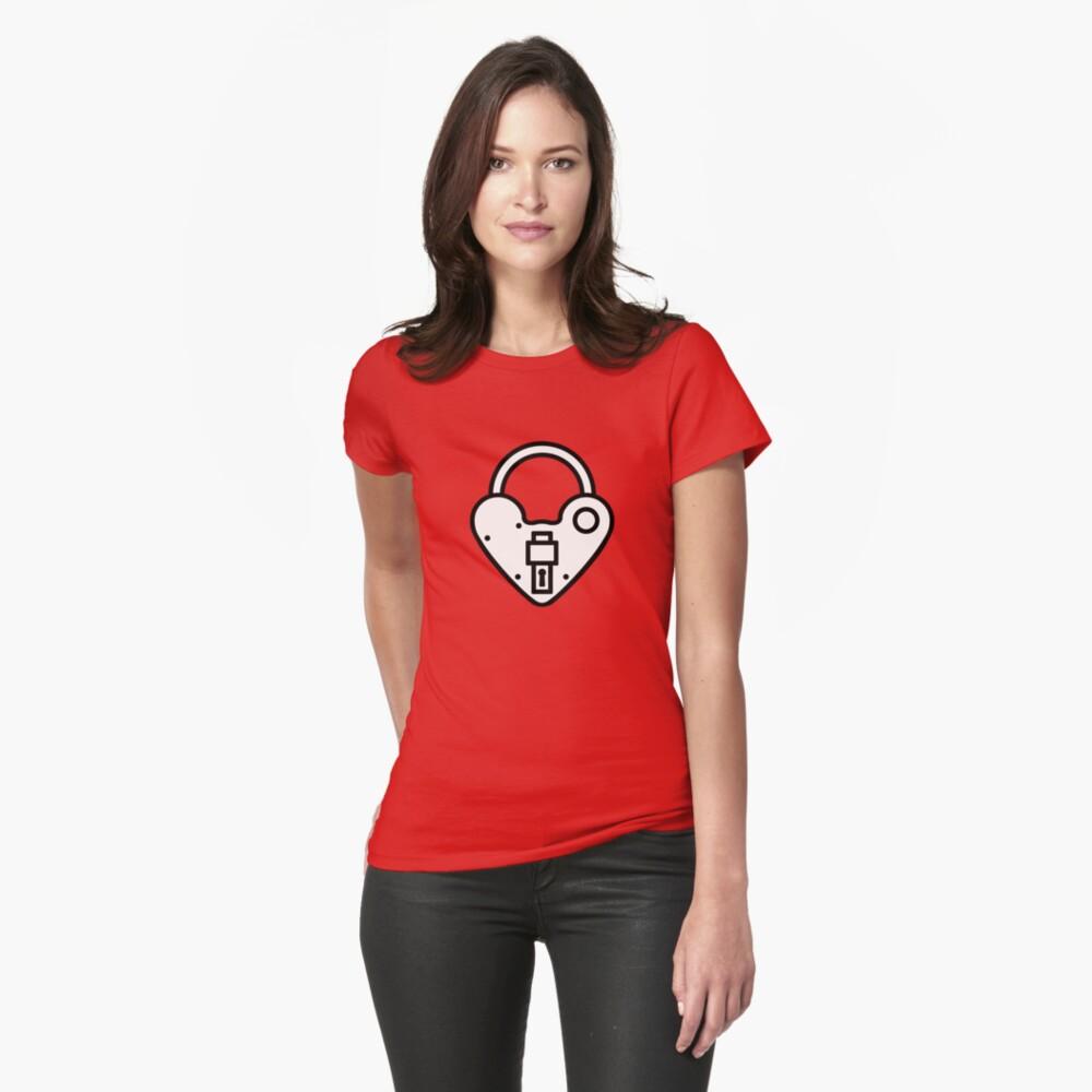 Loveheart Lock - love heart padlock Fitted T-Shirt