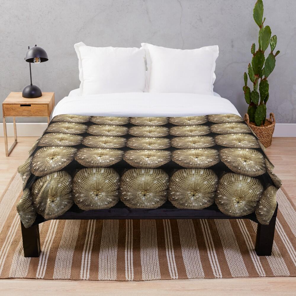 Gift for Interior Designer - Chandelier - Fashion Present Throw Blanket