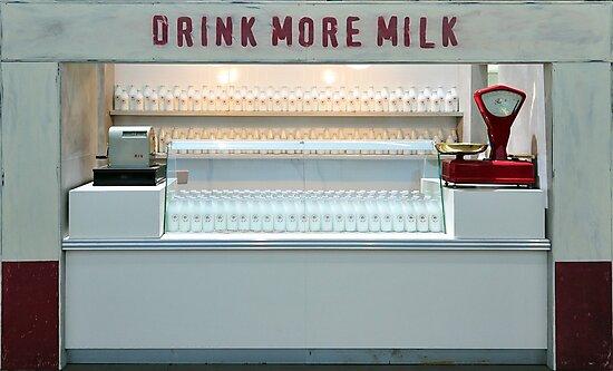 Milk by jimmylu