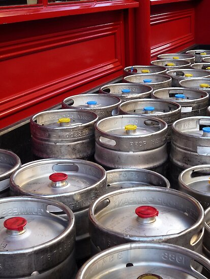 Beer kegs by Esther  Moliné