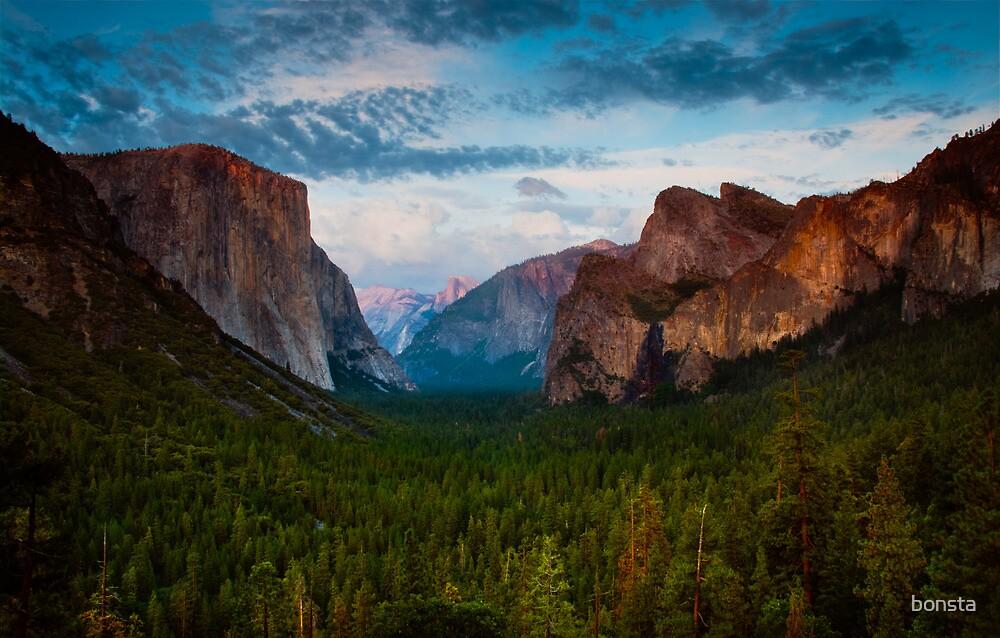 Yosemite Valley 2 by bonsta