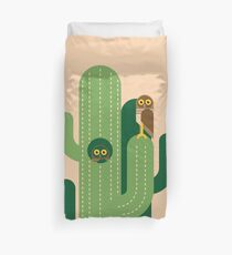 Burrowing owls and cacti vector illustration Duvet Cover