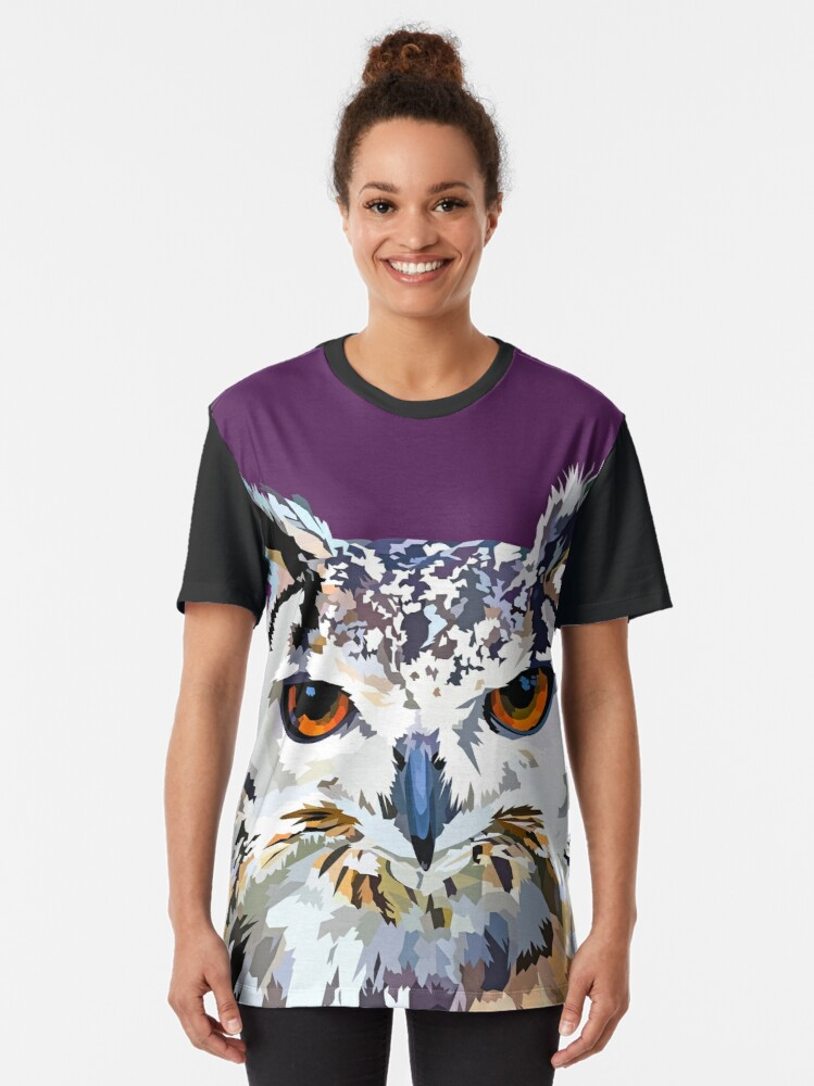 Alternate view of Owly nights Graphic T-Shirt
