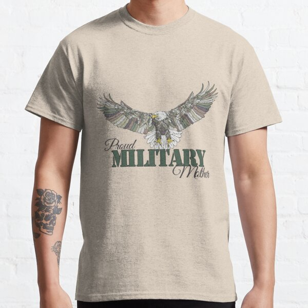 090-911 Camouflaged American Eagle-My Proud Military Mother Classic T-Shirt