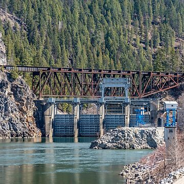 Box Canyon Dam and Railroad Trestle by mtbearded1