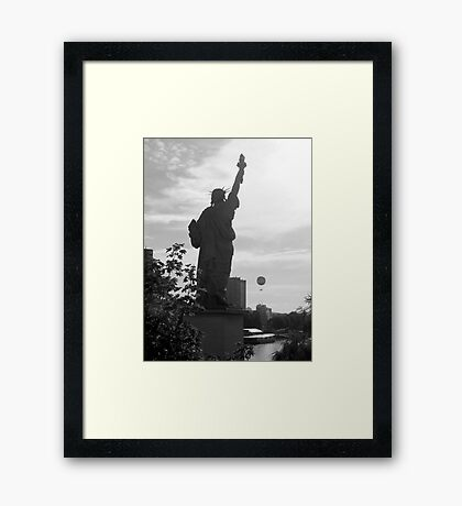 Liberty baloon  Framed Print