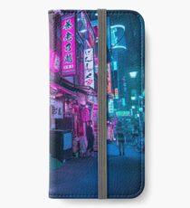 Kleine Straßen von Shinjuku iPhone Flip-Case/Hülle/Klebefolie