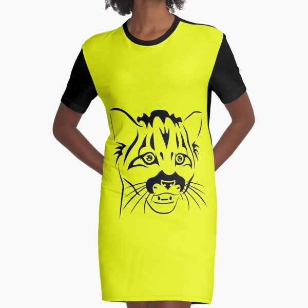 Kleine Raubkatze T-Shirt Kleid