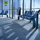 Bus stop by laurentlesax