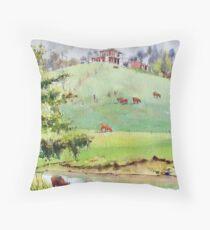 House on a hill - Arthurs Creek Throw Pillow