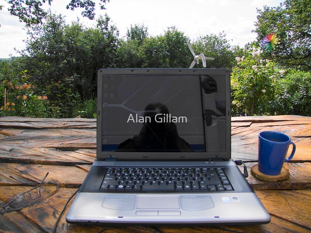 The solar powered office by Alan Gillam