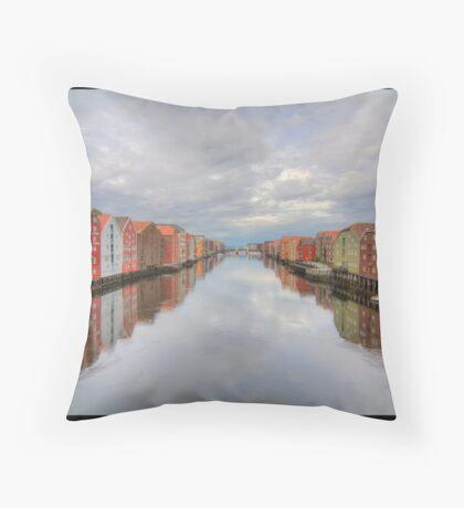 Trondheim - Nidelva Throw Pillow