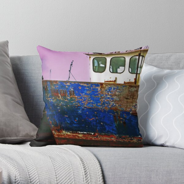 TAMAR STAR Throw Pillow