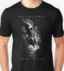 Lucifer - You are not alone - Eldritch Dreamer - Lovecraftian Cthulhu mythos wear Slim Fit T-Shirt