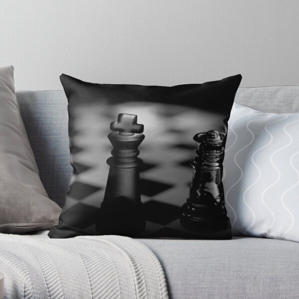 Chess 3: Dame's last word Throw Pillow