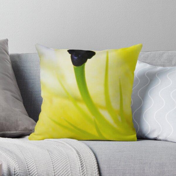 Love Shape Stamen Throw Pillow