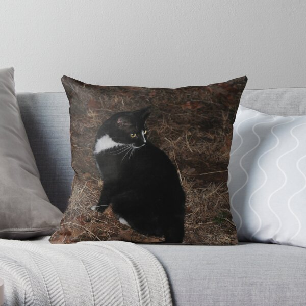 Whats That? Throw Pillow