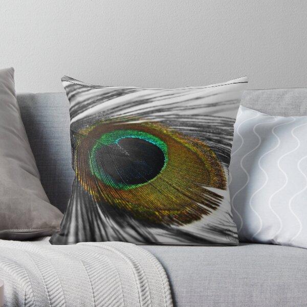 eye! Throw Pillow