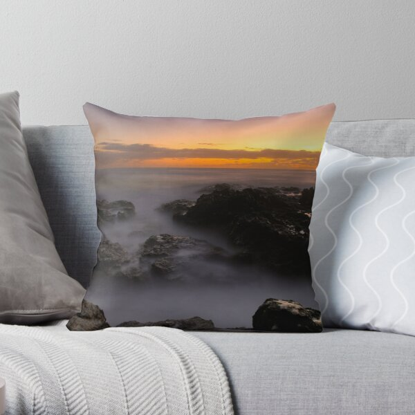 Sunrise at Mullway Throw Pillow