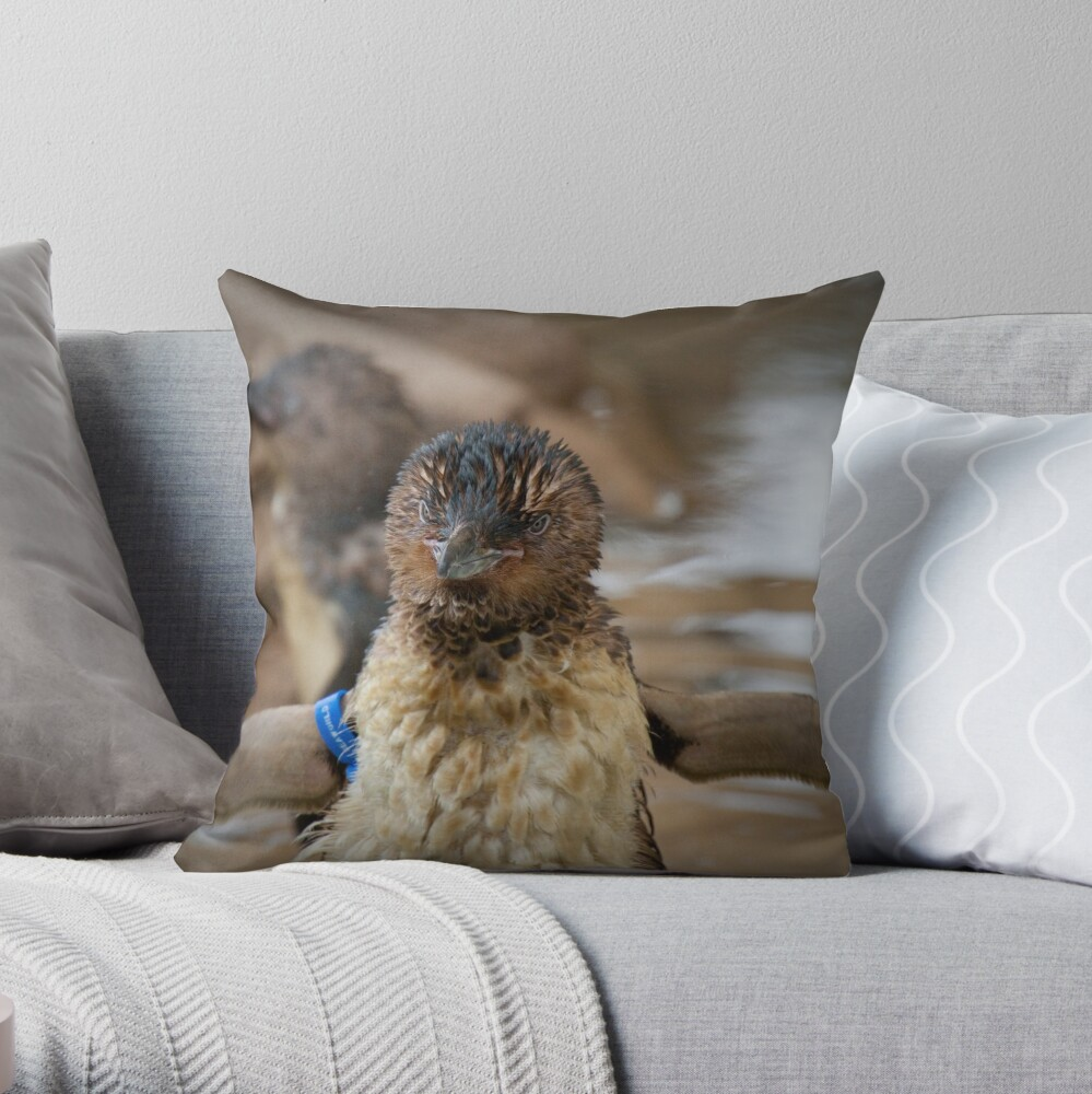 I can fly... Throw Pillow