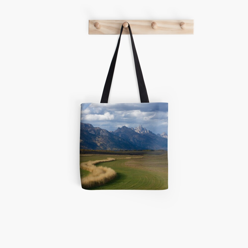 Curving To The Grand Tote Bag