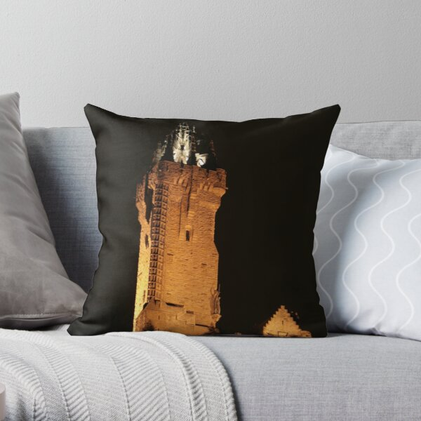 wallace  monument Throw Pillow