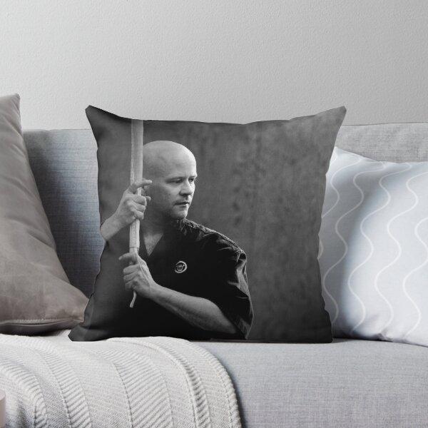 Hassou Throw Pillow