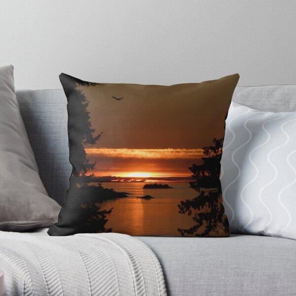 Winchelsea Islands Sunset Throw Pillow
