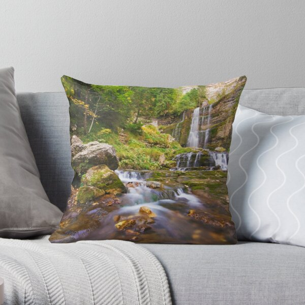 Guiers Vif And Great Fall Throw Pillow