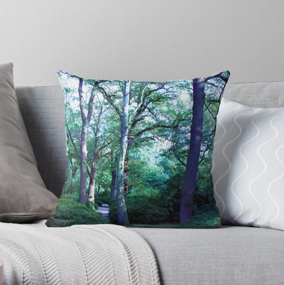 Isabella Plantation Throw Pillow