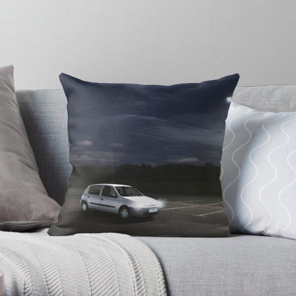 clio ´99 Throw Pillow