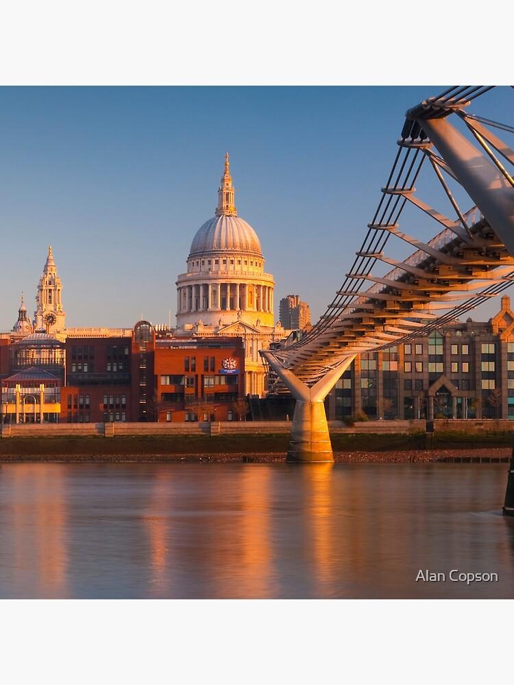 UK, London, St. Paul's Cathedral and Millennium Bridge over River Thames   Alan Copson © 2010 (20046-04) by AlanCopson