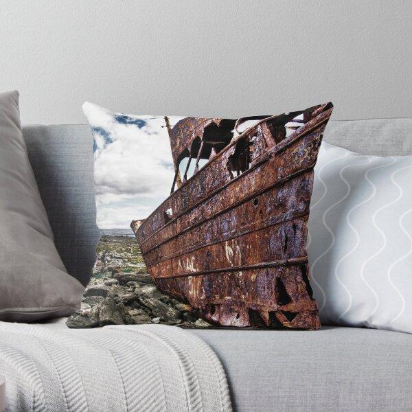 The fallen Plassey Throw Pillow