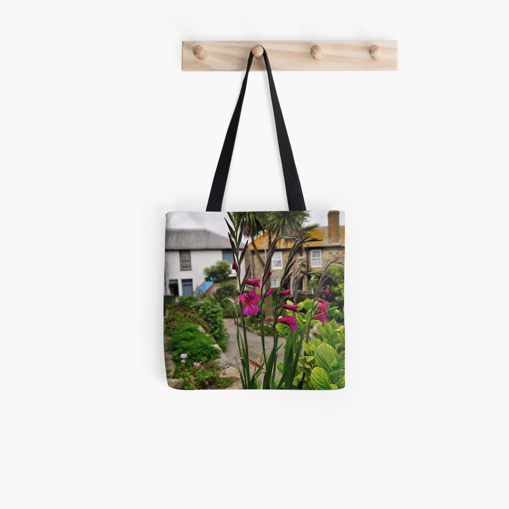 Flowers In a Border Tote Bag