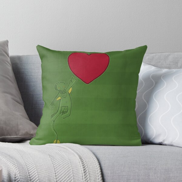 The Love of Cthulhu Throw Pillow