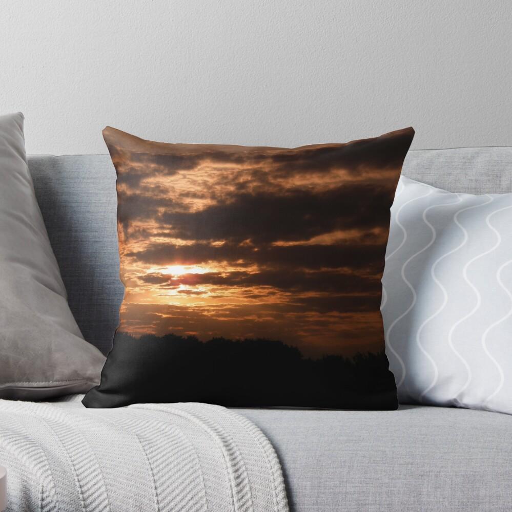 Kent Sunset 02 Throw Pillow