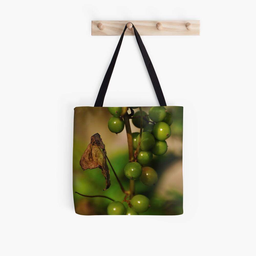 Convolvulous Berries Tote Bag