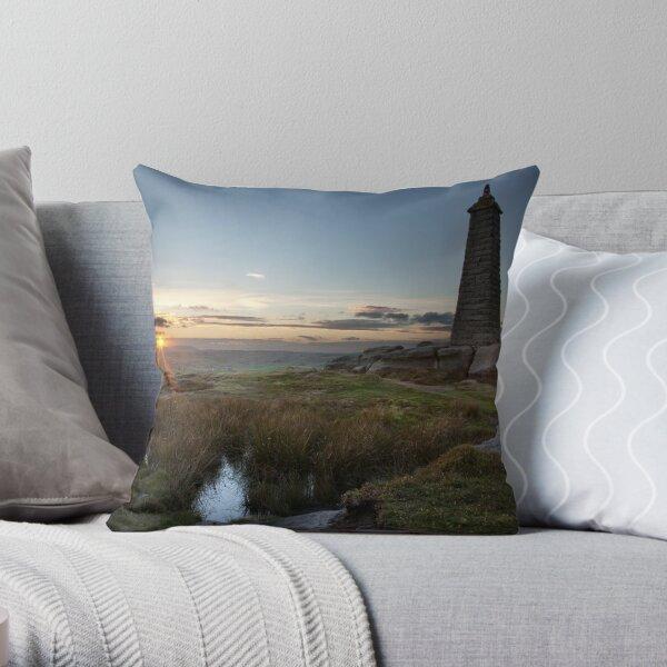 Wainman's Pinnacle, Earl Crag Throw Pillow