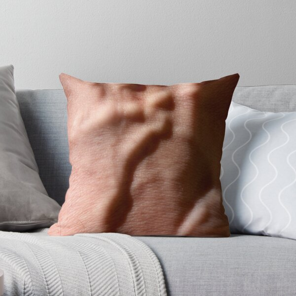 blood relief Throw Pillow