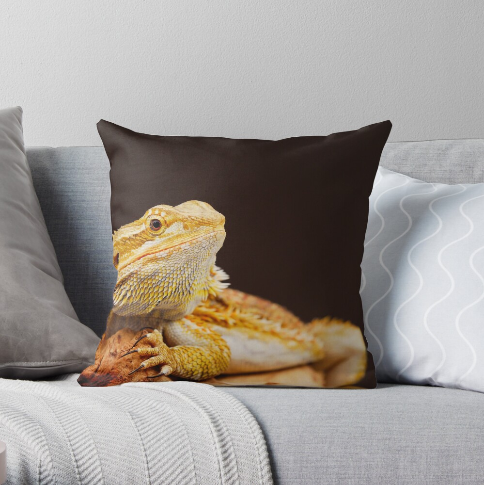 Central Bearded Dragon (Pogona vitticeps) Throw Pillow