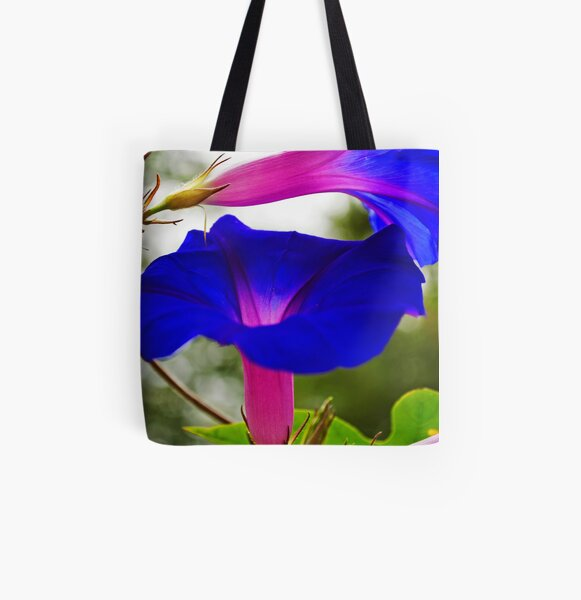 MORNING GLORY ARABESQUE All Over Print Tote Bag