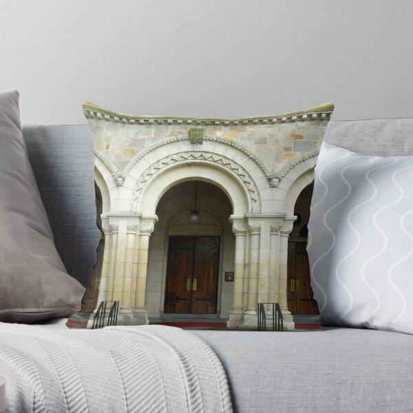 Vassar College Chapel Throw Pillow