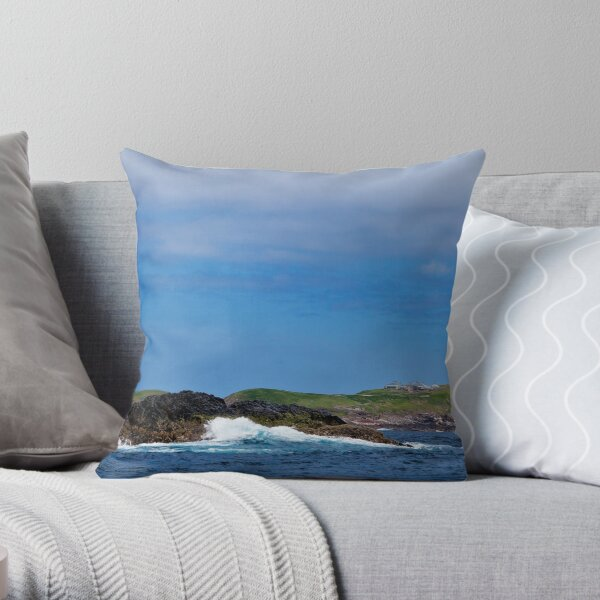 "South Solitary East Side from ""Black Rock Bommy""  Throw Pillow"