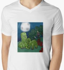 Minecraft - Creepers at night Men's V-Neck T-Shirt