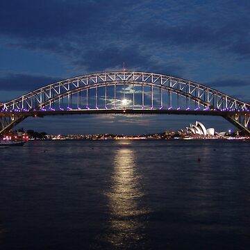 Moon rise over Sydney by stevenguy