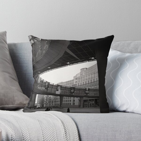 Crossing paths at Parliament - Brussels Throw Pillow