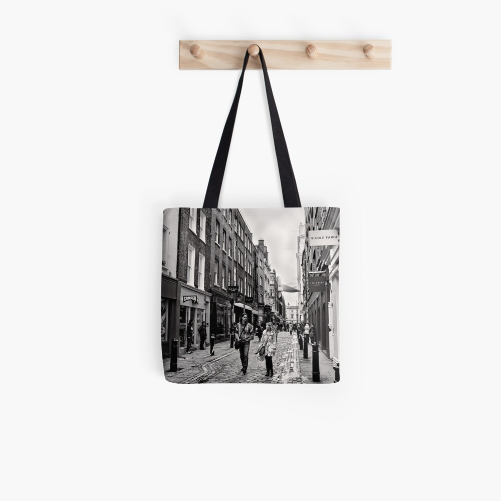 An afternoon shopping in London - Britain Tote Bag