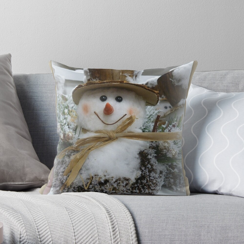 Frosty The Snowman Throw Pillow By Angel1 Redbubble