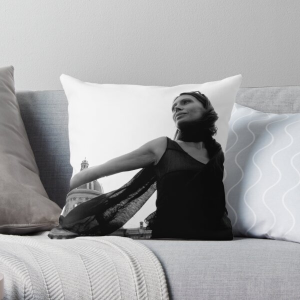 Feminin[c]ity - Paris Throw Pillow