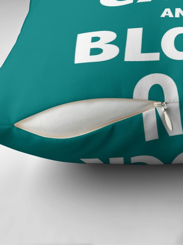 Alternative Ansicht von Block On Print Dekokissen
